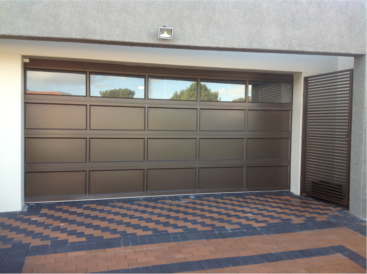 Aluminium Garage Doors Labradoor House Things In 2019