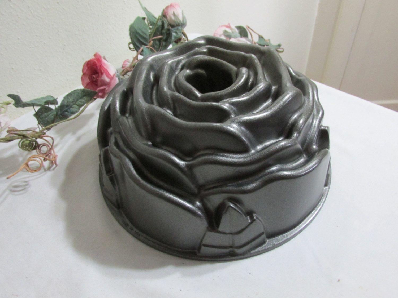 Nordic Ware Rose Cast Aluminum Bundt Pan