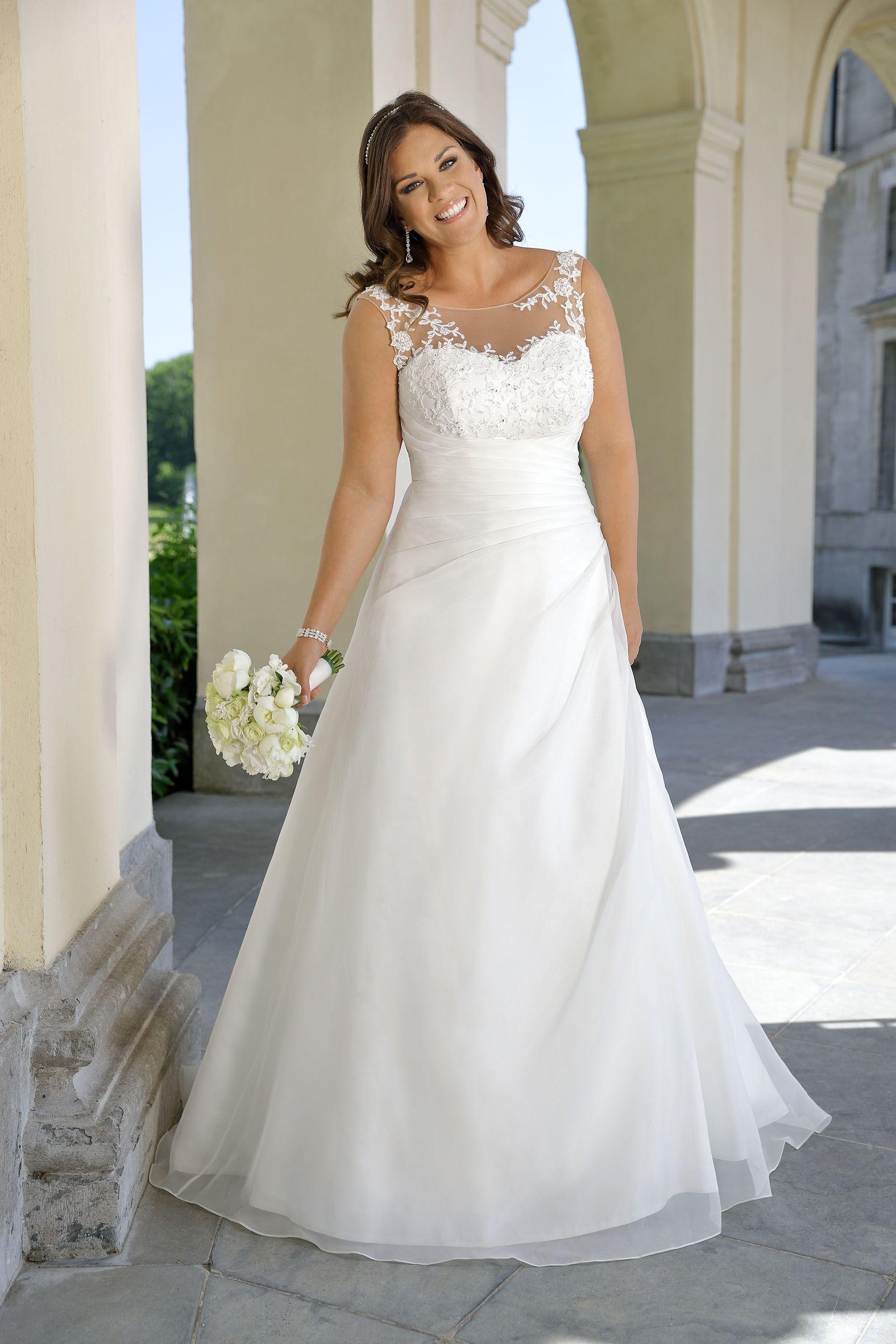 Wedding dresses cheap plus size  LS  Ladybird Bruidsmode PlusSize  Mexican wedding