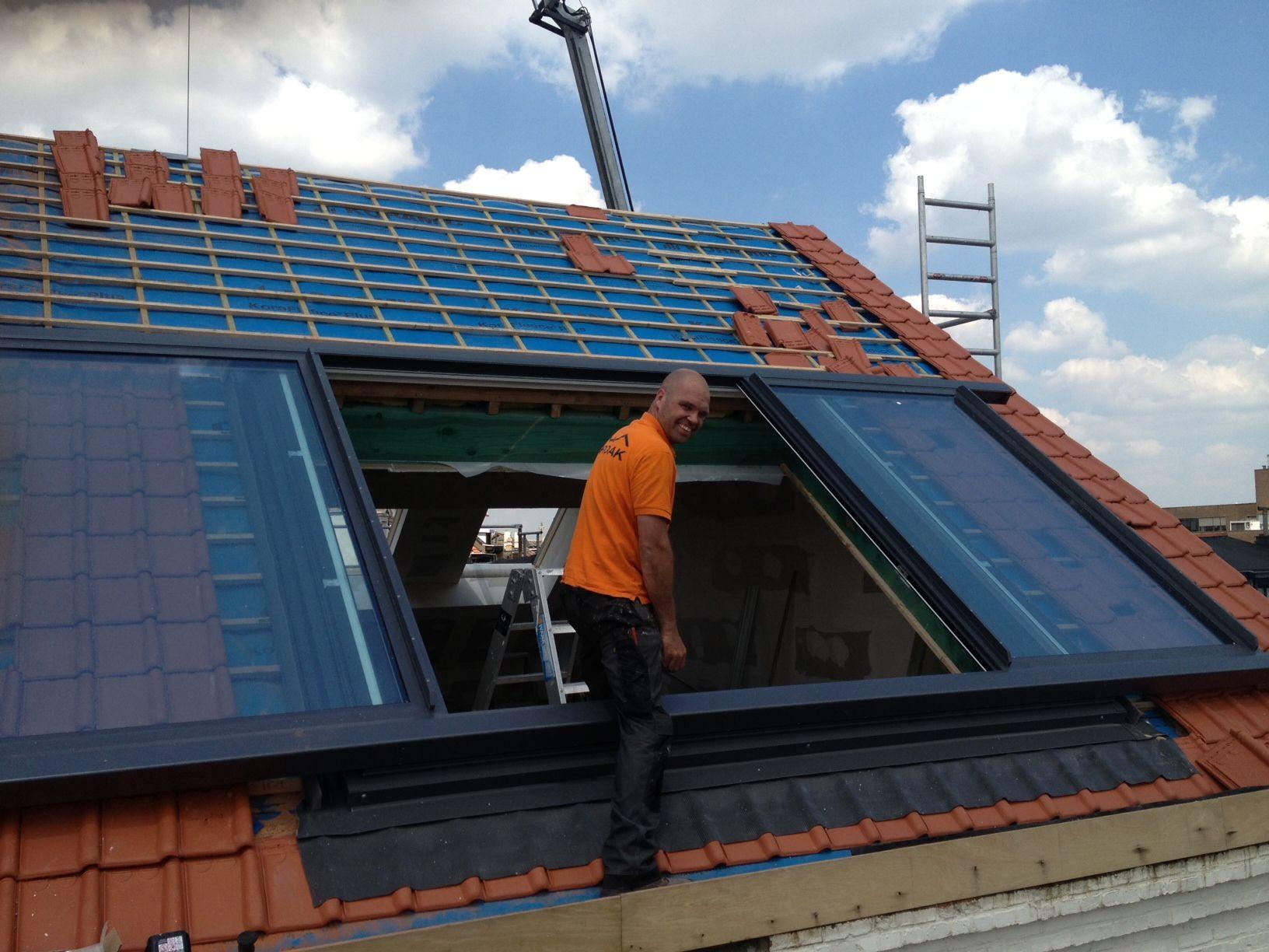 Grootste dakraam plaatsen door DAKDIDAK Arnhem | LiDEKO® Aluminium ...