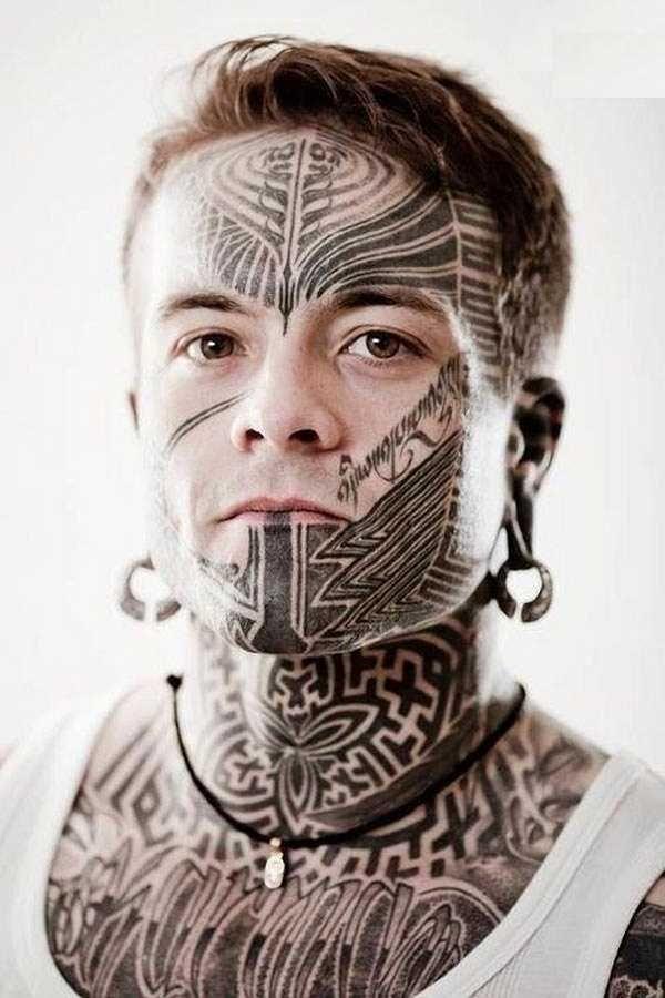 20 erstaunliche Gesichts Tattoos - Tattoo Spirit