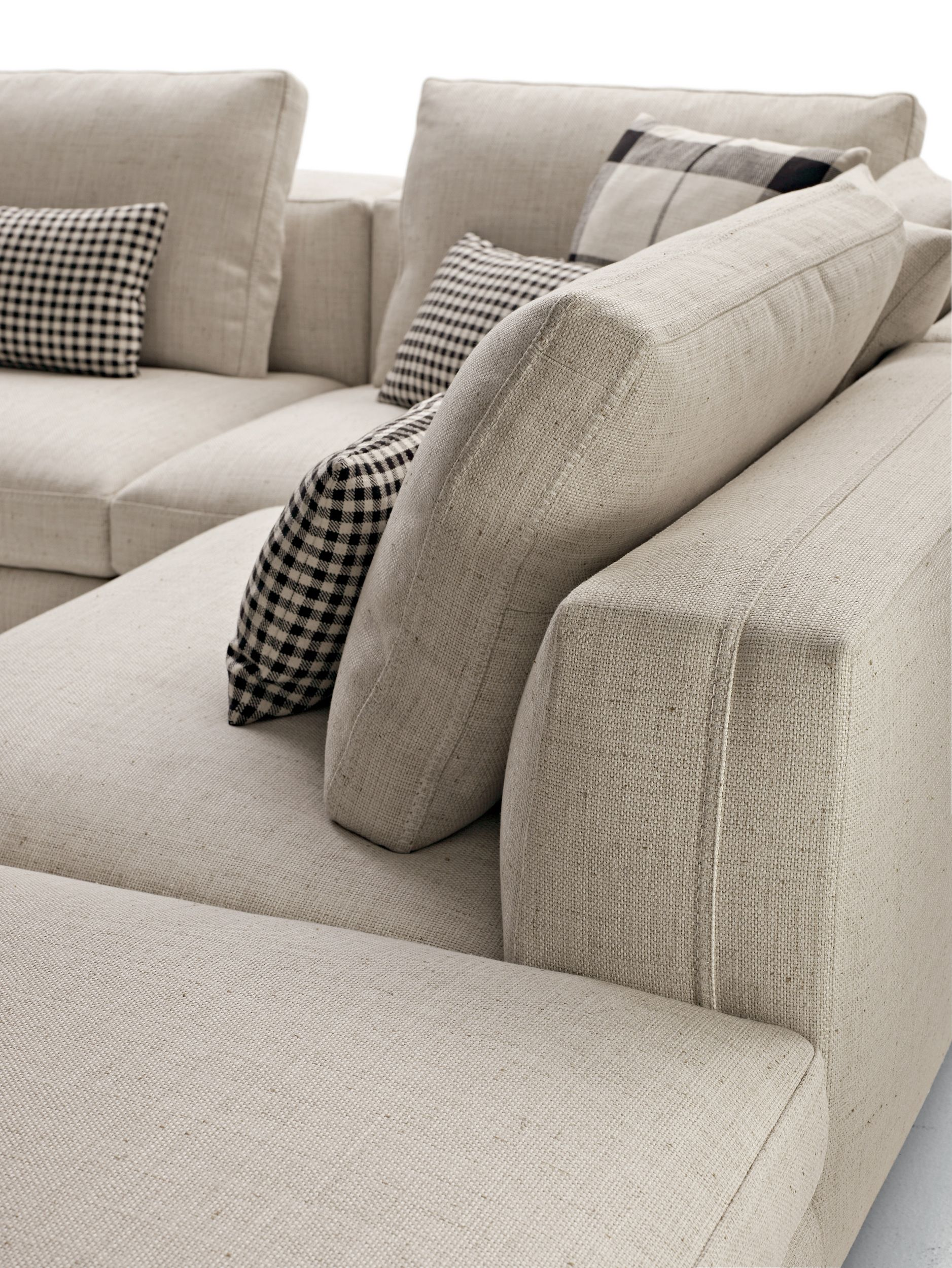 The Catalogue And Request Prices Of Dives Corner Sofa By Maxalto Sectional