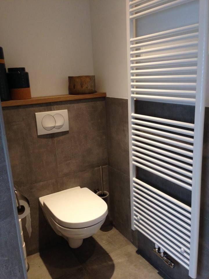 Prachtige badkamer en toilet gerealiseerd in Haaksbergen door Sanidrome Scharenborg uit Haaksbergen.