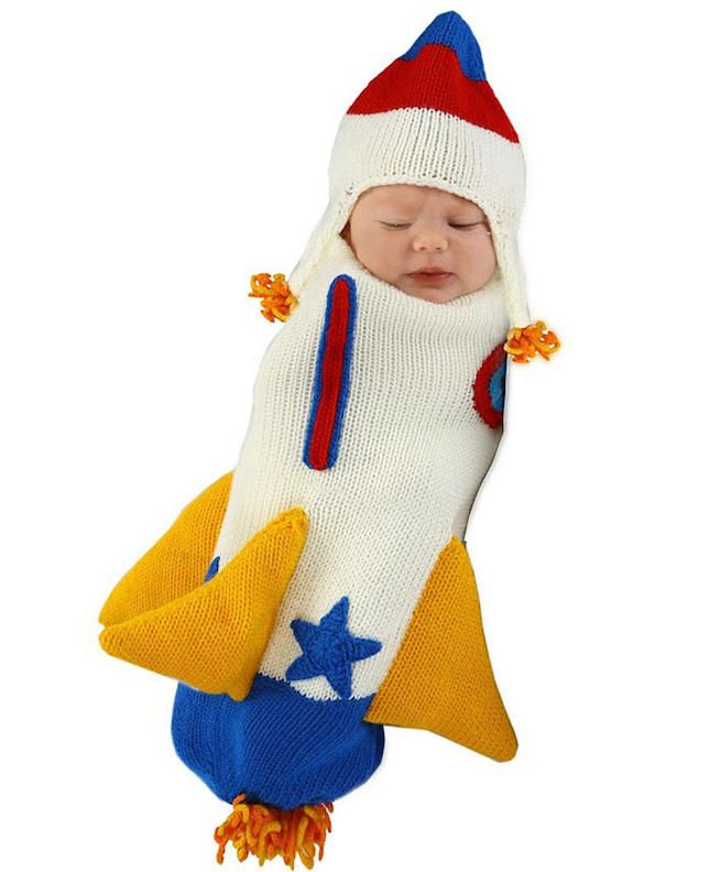 This rocket ship bunting will keep your baby warm + cozy on Halloween.  sc 1 st  Pinterest & 41 of the BEST Halloween Costumes for Your Baby   Baby warmer ...