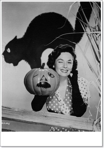 Vintage Hollywood Halloween Pin Ups