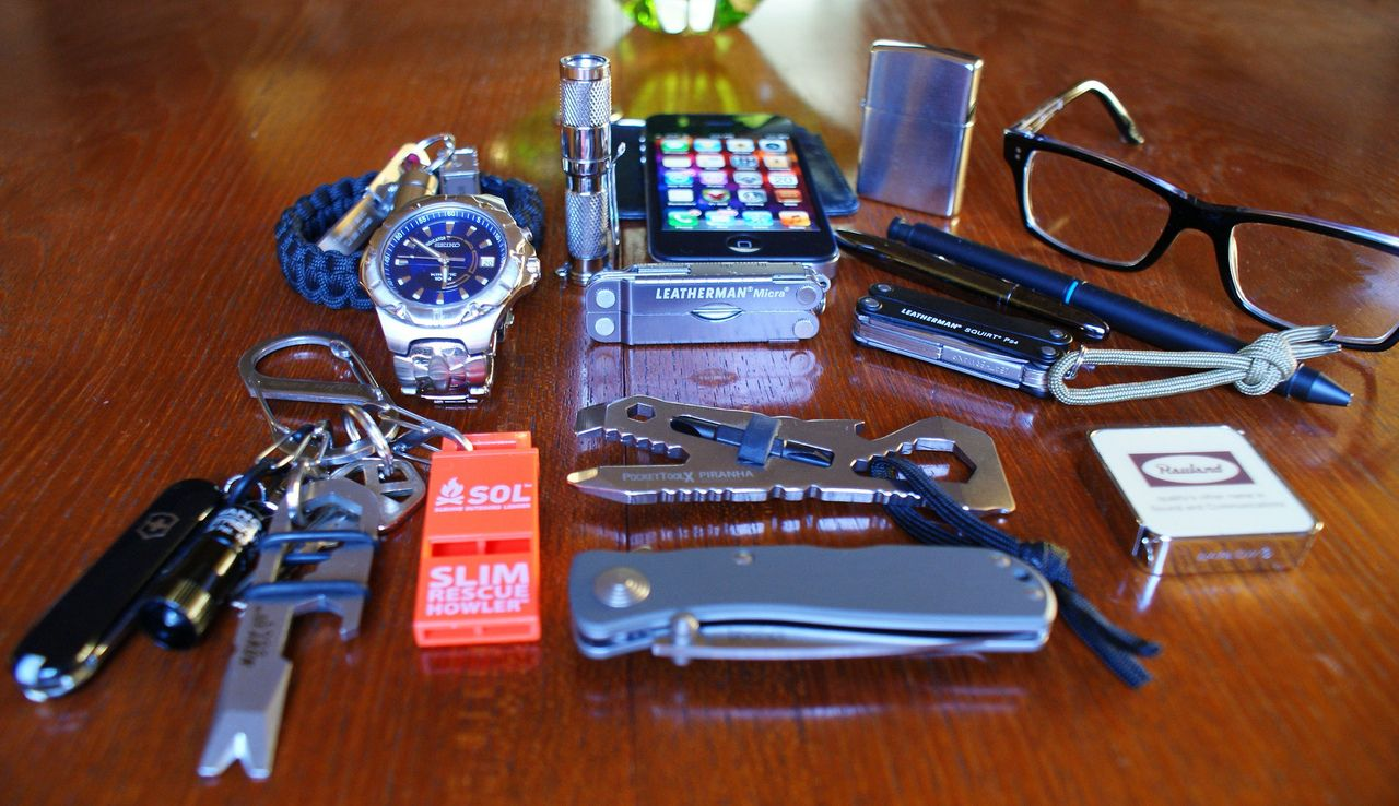 EDC By: mister Victorinox Classic - Purchase on Amazon Large S-Biner - Purchase on Amazon SOL Slim Rescue Howler - Purchase on Amazon Pocket Tool X Piranha - Purchase on Amazon Leatherman Micra - Purchase on Amazon Leatherman Squirt- Purchase on Amazon iPhone- Purchase on Amazon Zippo Lighter- Purchase on Amazon Fenix Flashlight- Purchase on Amazon Paracord Bracelet- Purchase on LDEG Knife Watch Glasses