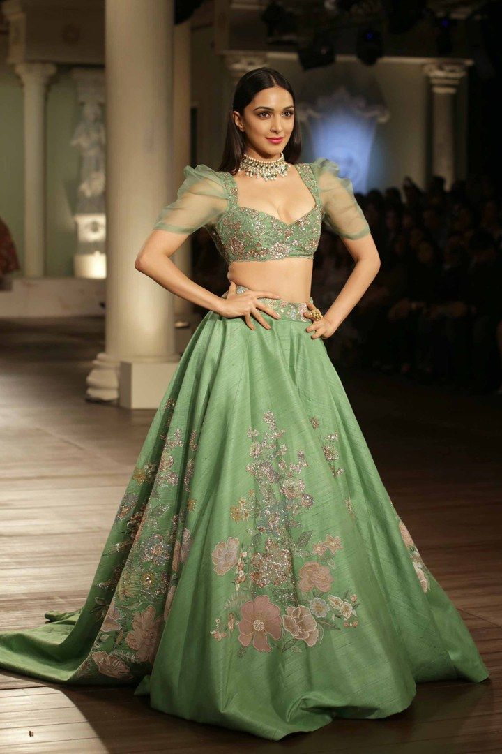 Shyamal & Bhumika's Couture Collection at India Co