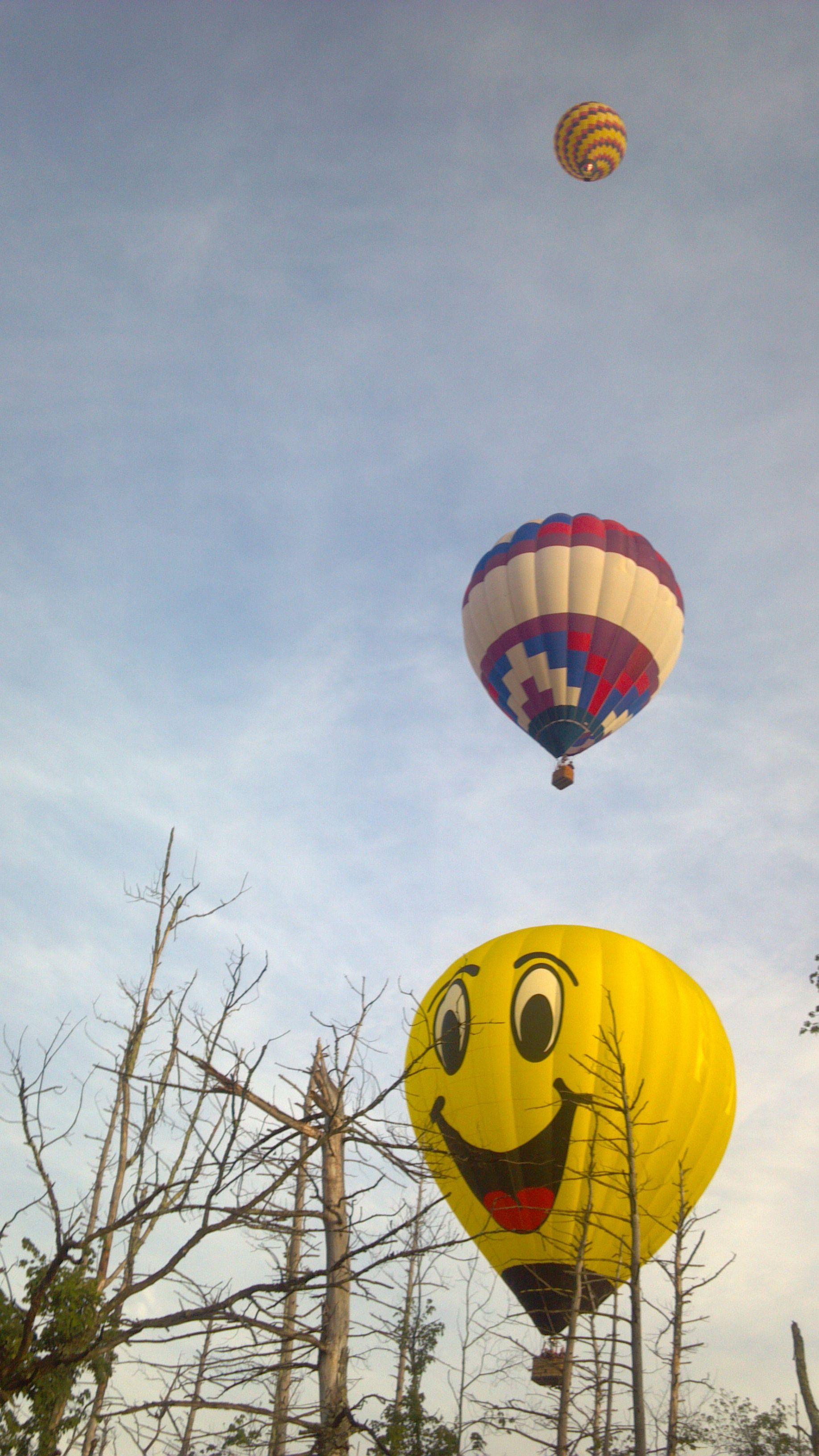 Hot air balloons in Derry, NH Balloon rides, Air balloon