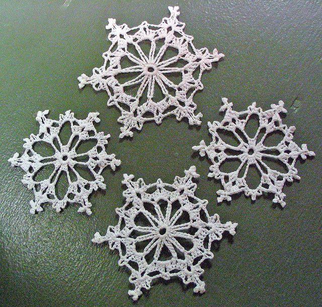 4 Crochet Snowflakes Crochet Snowflakes Crochet And Ornament