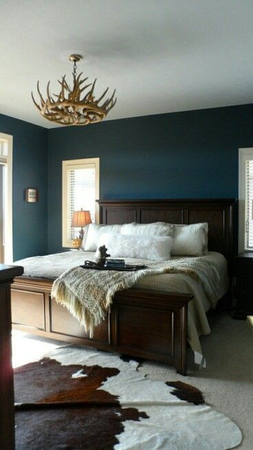 Wandfarbe, Schlafzimmer, Wohnzimmer, Zuhause, Rund Ums Haus, Dunkelblaues  Schlafzimmer, Rustikales Schlafzimmerblau, Rustikales Schlafzimmer Design,  ...