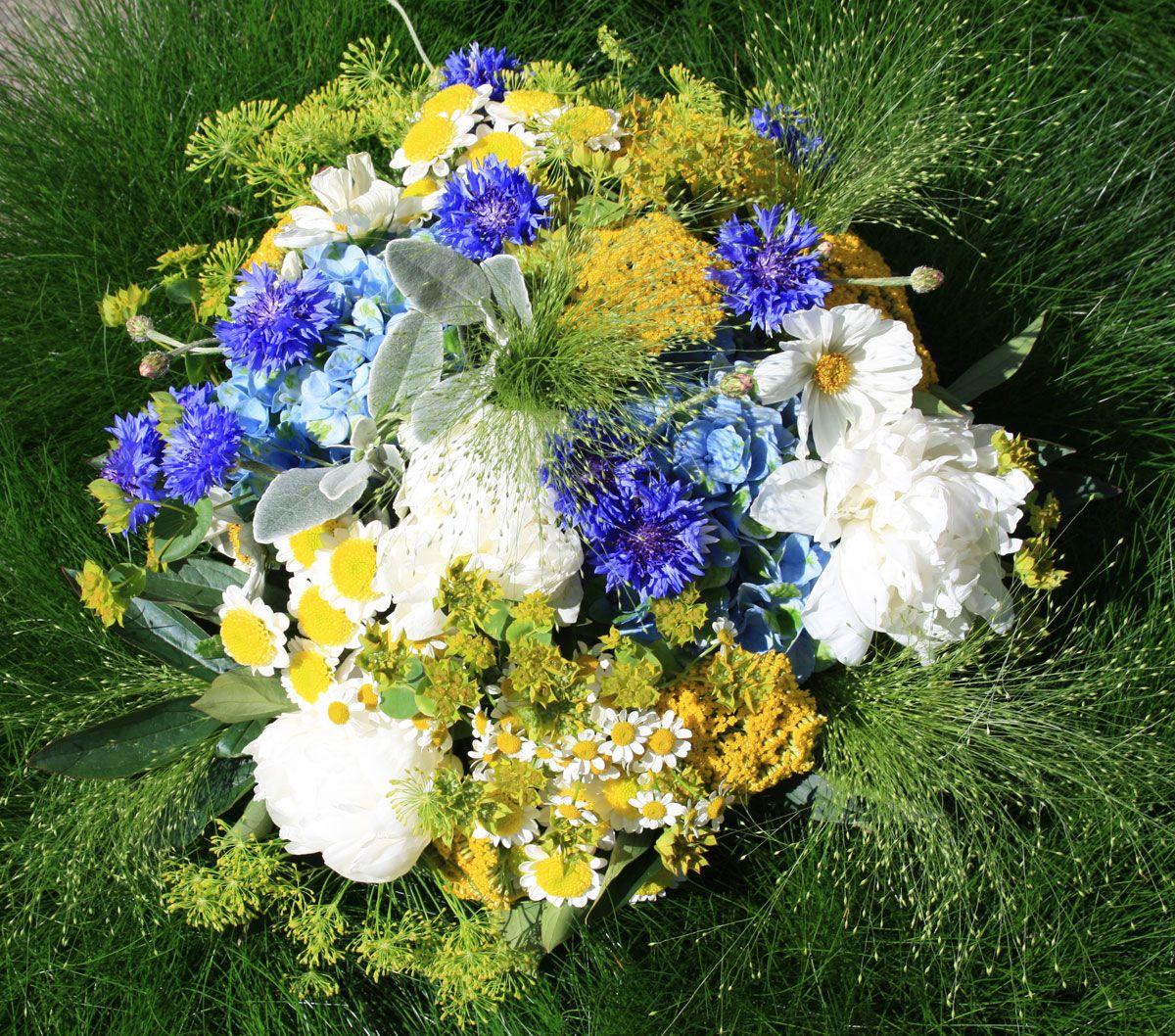 Blumenstrauß mit Kornblume, Foto Birgit Puck