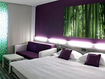 Ibis Styles, Linz, Austria    Offering A Sauna And An Outdoor Pool,
