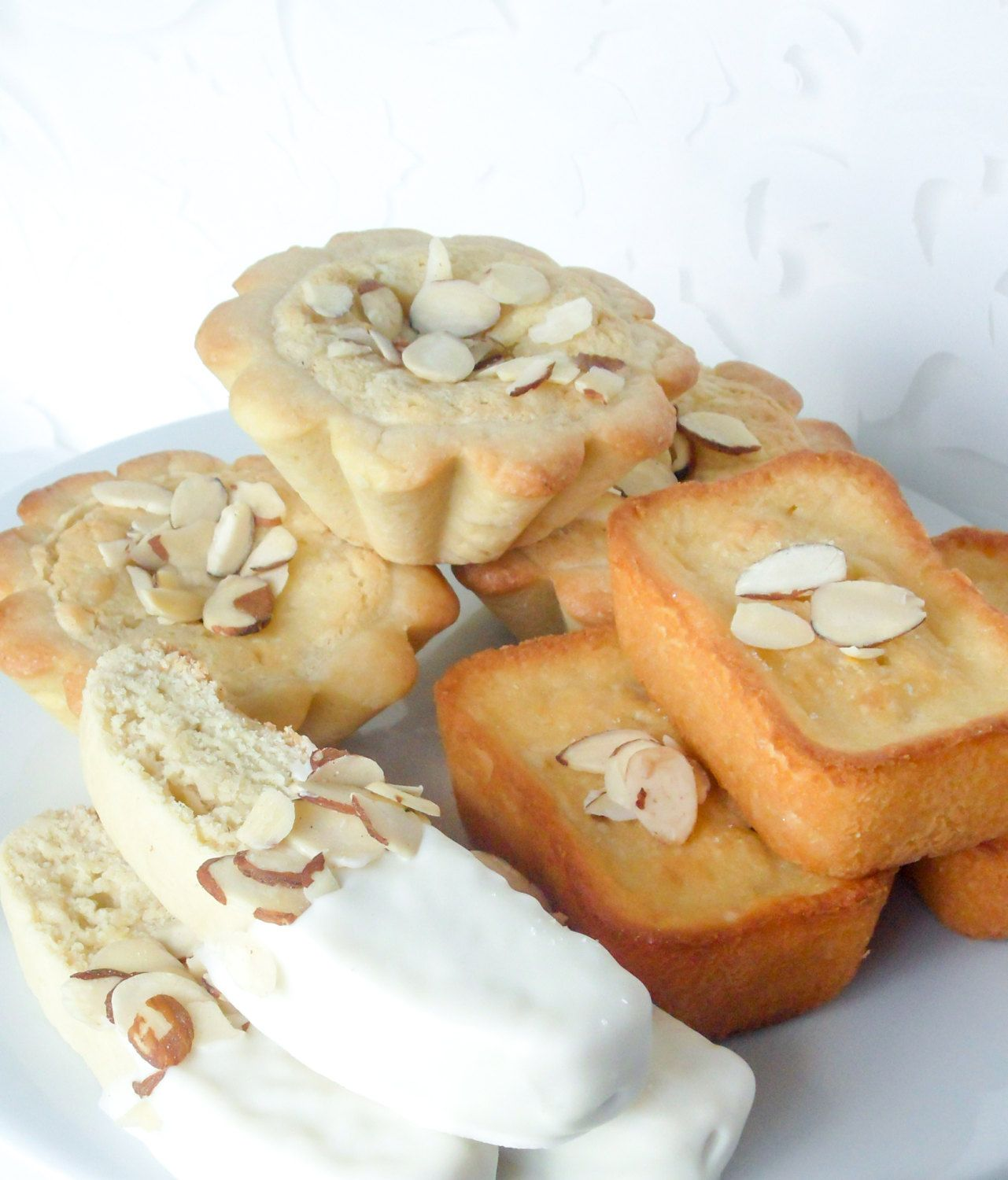 Traditional Italian Cookie Wedding Reception By LusciousLoafBakery