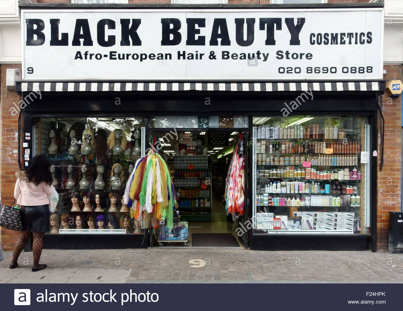 Afro European Hair And Beauty Store Catford South East London F24hpk Jpg 1300 1005 Black Beauty Supply Beauty Store Beauty Supply