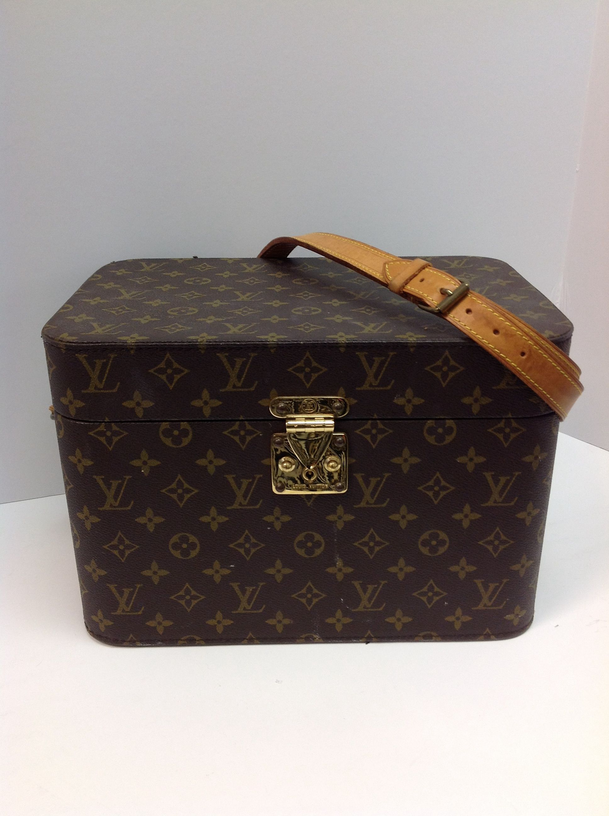 f9aad64e859 Vintage Louis Vuitton travel train case just in and at a steal of ...