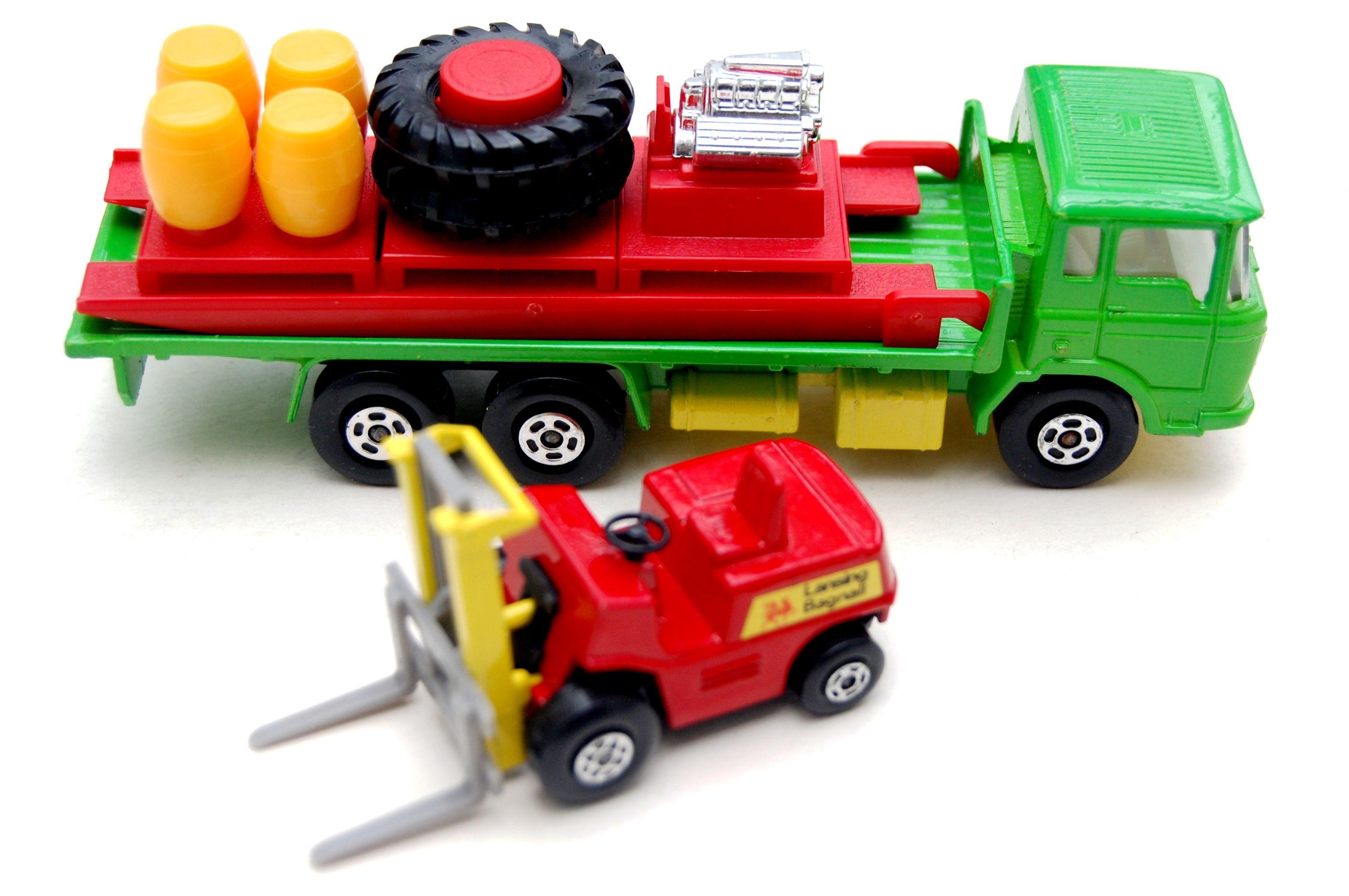 Vintage Toys Wanted By The Toy Exchange Matchbox K 20 Super Kings Cargo Hauler Fork Lift Pallet Loader Toy Model Cars Vintage Toys Toy Trucks