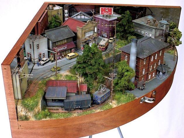 Japanese Artist Akihiro Morohoshi Has Creates Incredible Miniature Worlds By Using Everyday Objects-1