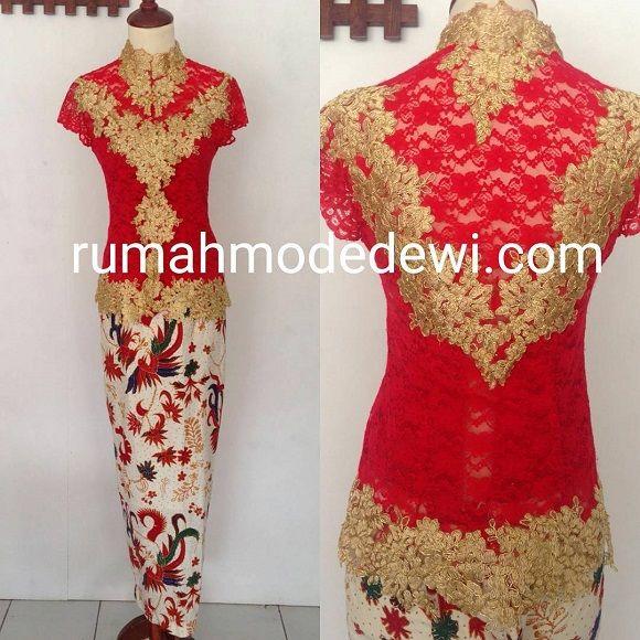 Dress Warna Merah Maroon Dengan Kombinasi Emas