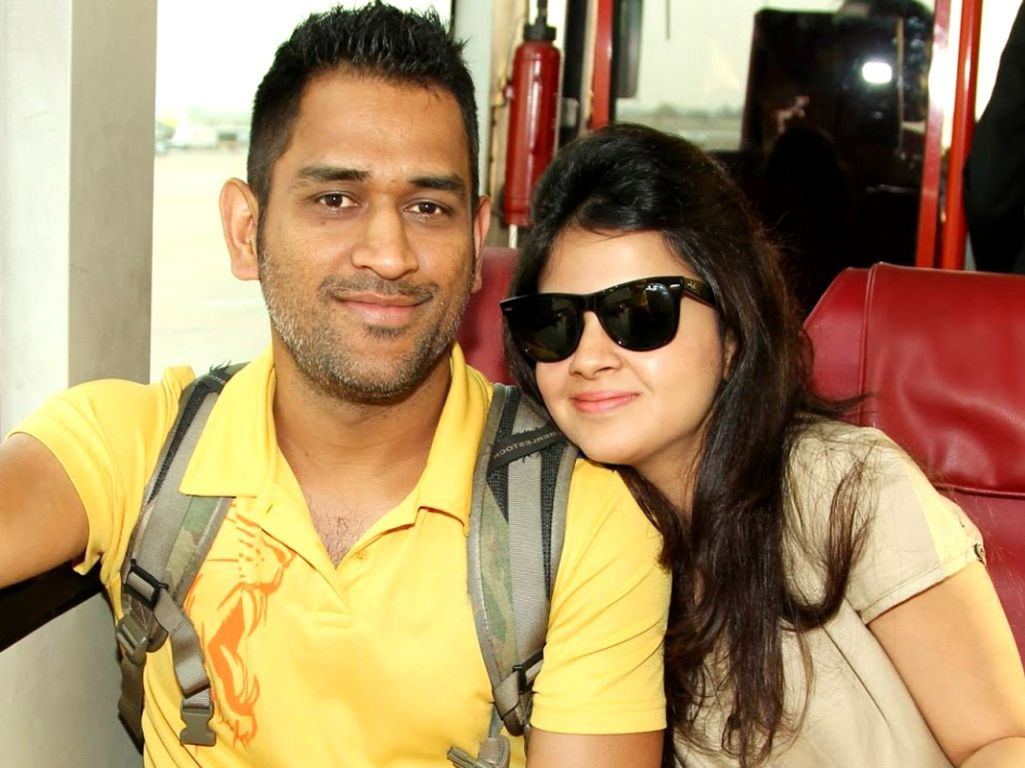 Ms Dhoni Wallpapers Ms Dhoni Wallpapers Free Download Couple