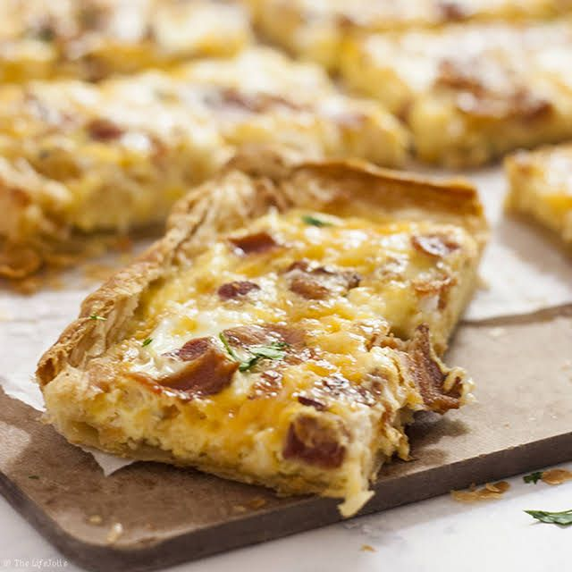 Puff Pastry Breakfast Pizza #frozenpuffpastry