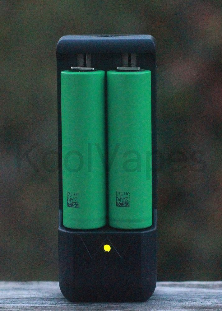 Sony Vtc4 Us18650vtc4 2100 Mah High Drain 30a Rechargeable Battery With Charger Sony Drained Battery Rechargeable Batteries Battery