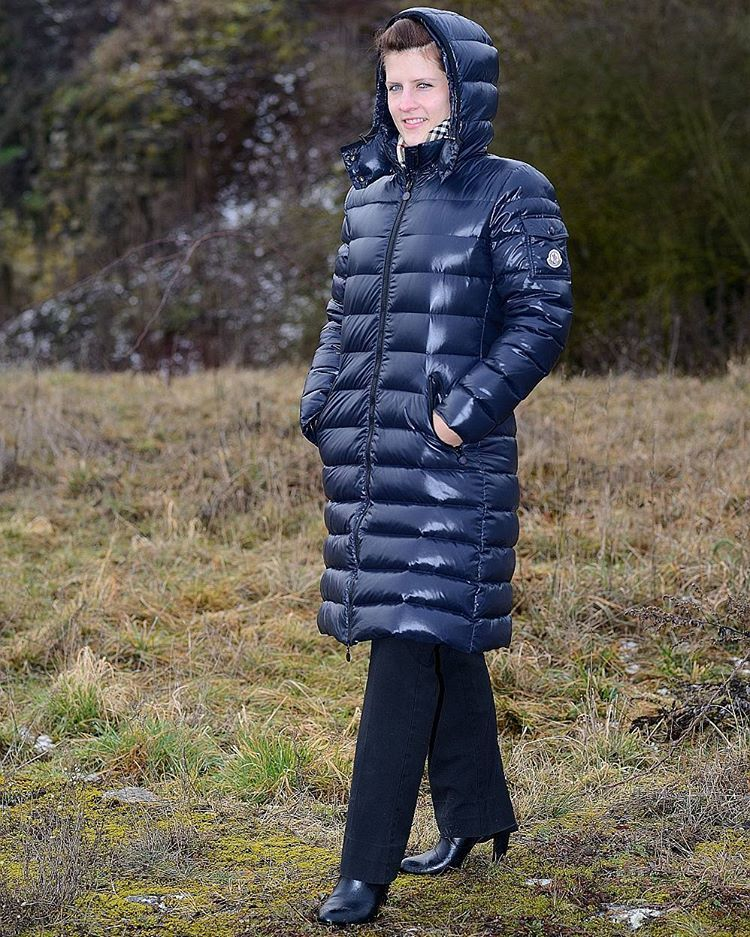 Moncler Moka - length is fantastic, helps you to keep warm and cozy. @doc_jane #moncler #monclerjacket #monclerworld #downjacket #downcoat #daunenjacke ...