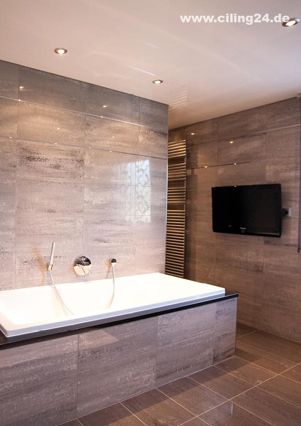 Spanndecke Badezimmer Weiss Glanzend Ciling Decken Und Licht Gmbh In Oftersheim Spanndecken Badezimmer Deckchen