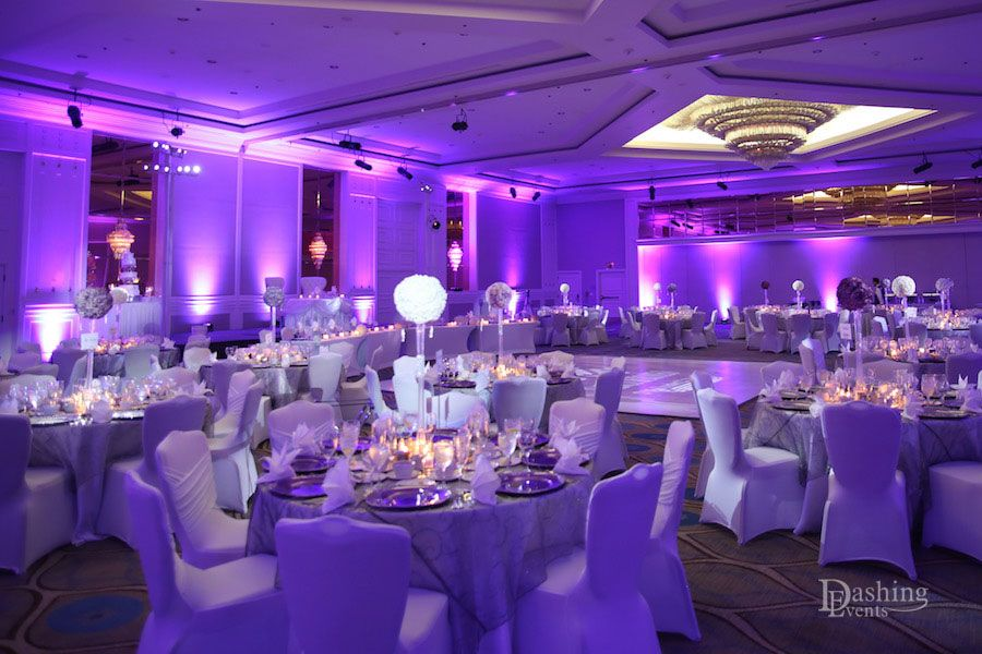 Lavender Uplighting And Centerpiece Pinspot Lighting For This Beautiful Wedding The Sheraton Universal Hotel