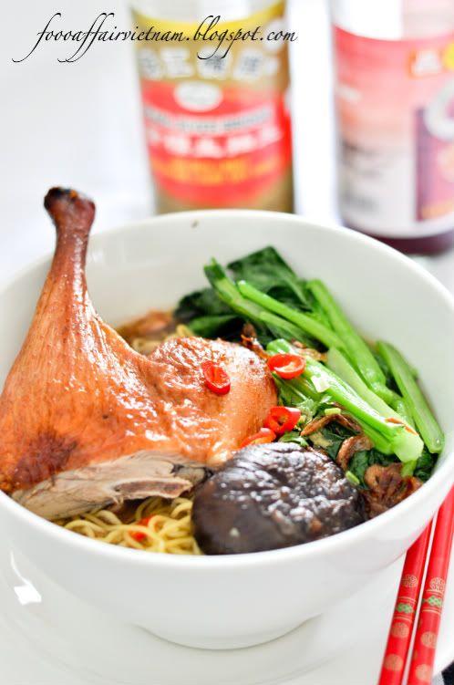 Mi vit quay roast duck noodle soup via this blog food affair mi vit quay roast duck noodle soup via this blog food affair forumfinder Images