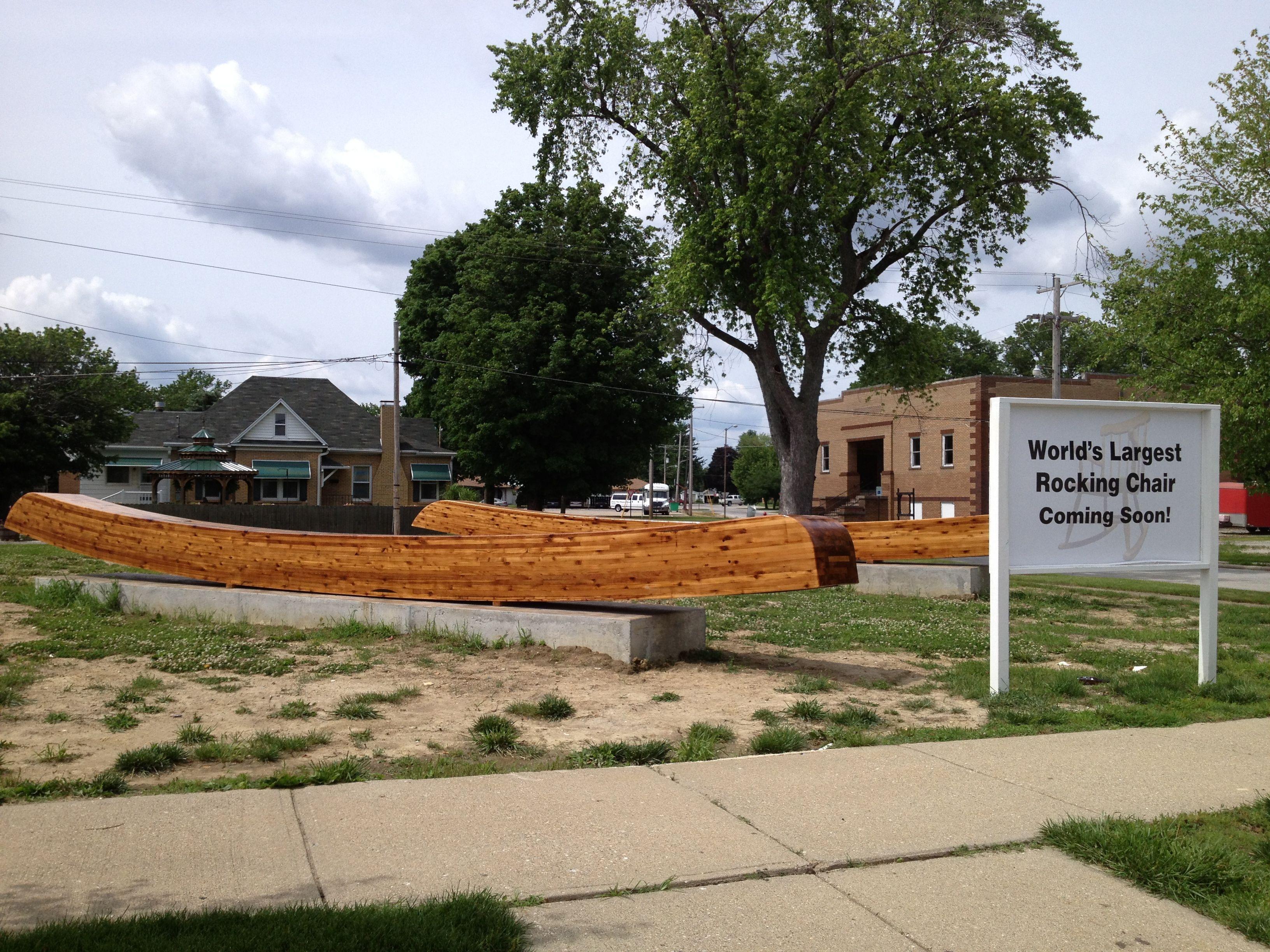 Illinois piatt county cisco - World S Largest Rocking Chair Under Construction Casey Illinois