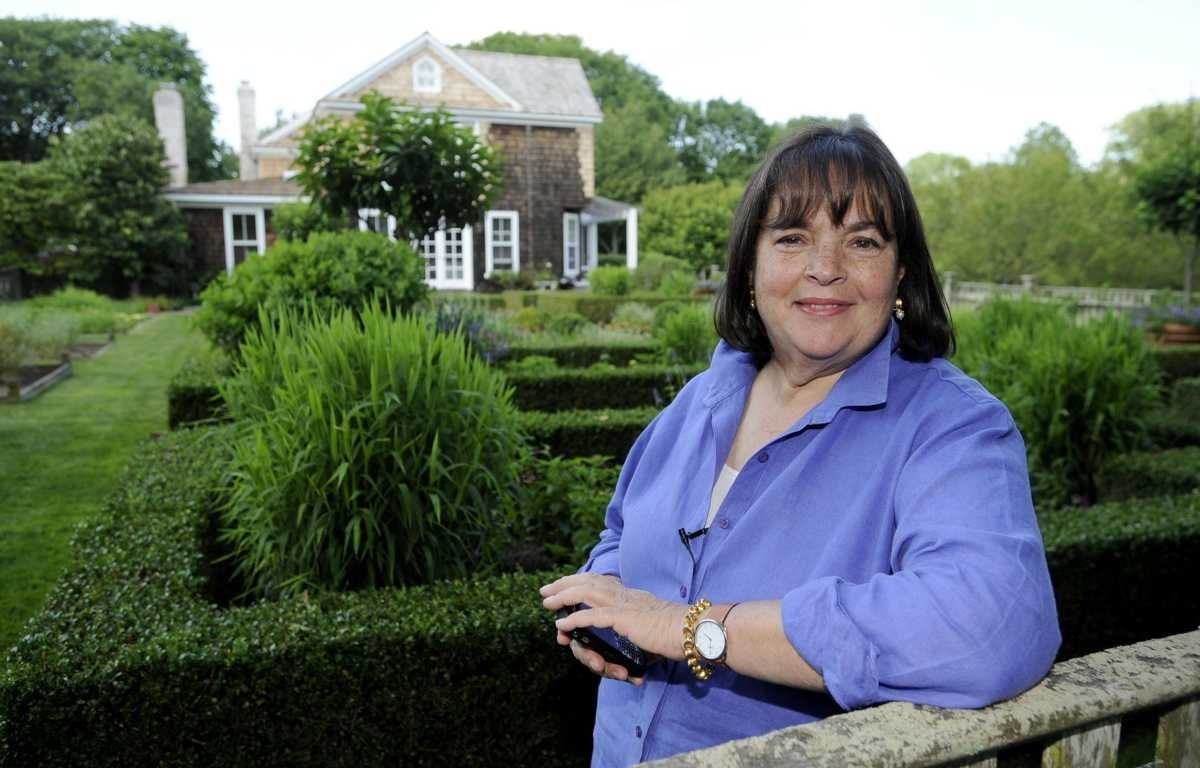 Ina Garten Author Host Of The Food Network Program Barefoot Contessa And Former White House Nuclear Policy Yst Maintains A Residence In East Hampton