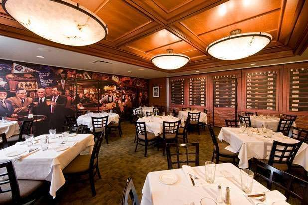 Ditka's — Mike Ditka (Pittsburgh; Chicago; Oakbrook, Ill.) — 20 Best Athlete-Owned Restaurants