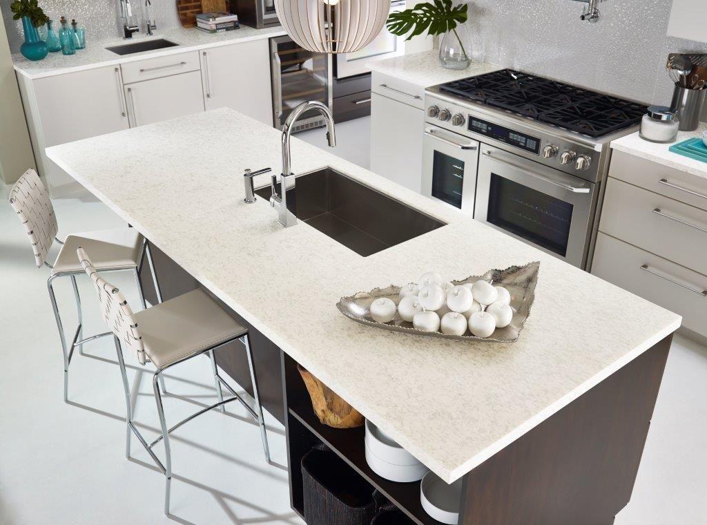 Zodiaq quartz stratus white kitchen ideas in