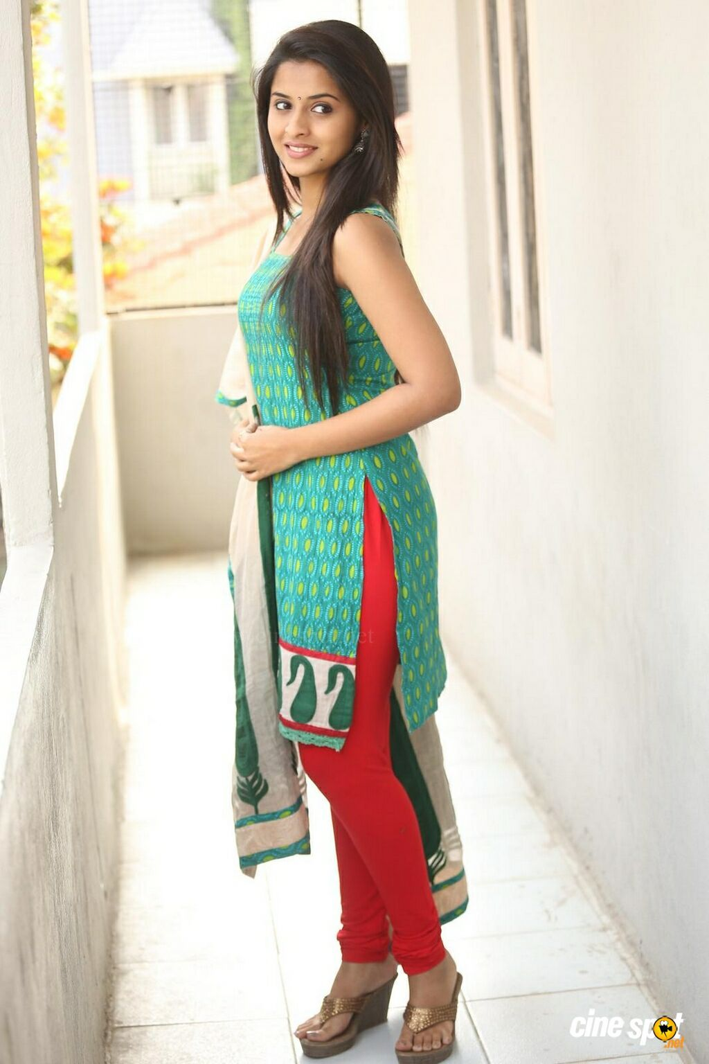 21f2963f39 Arthana New Photos (19) Child Actresses, Indian Actresses, Girl Fashion  Style,