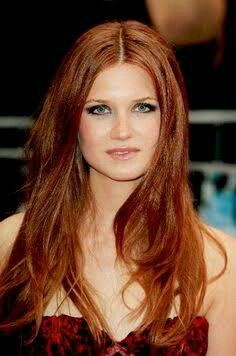 Love love love Bonnie Wright in ALL the harry potter movies. I NEED this look in my life.