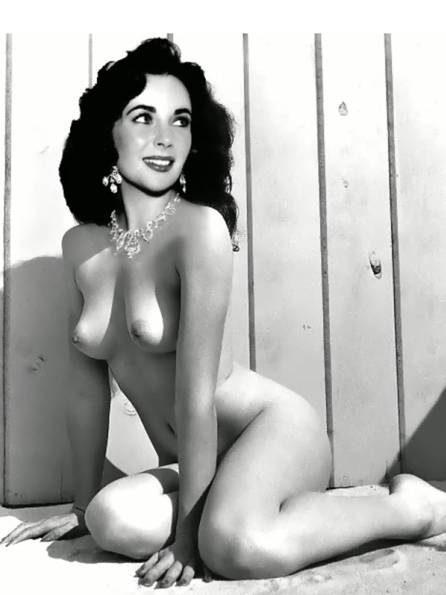 Situation familiar actress elizabeth taylor nude that interrupt