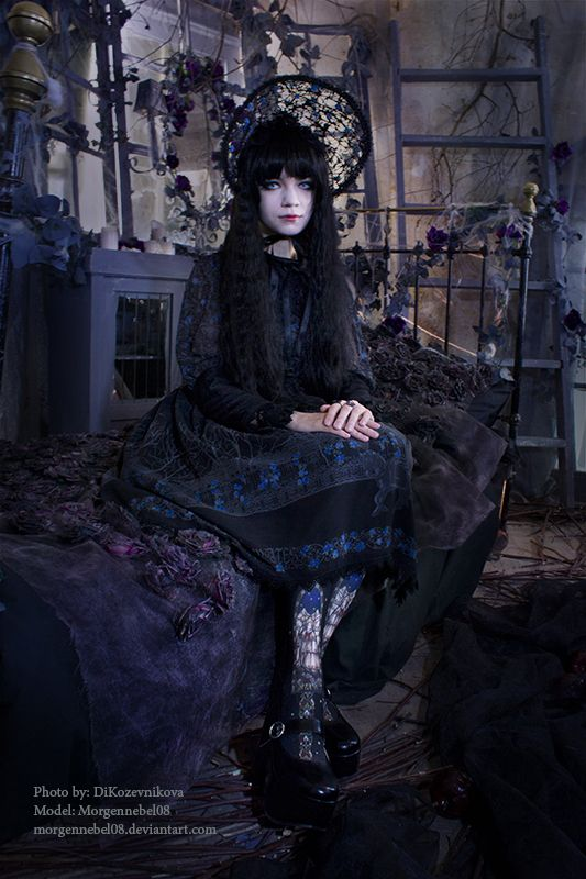 Pin su Gothic Fashion and Style