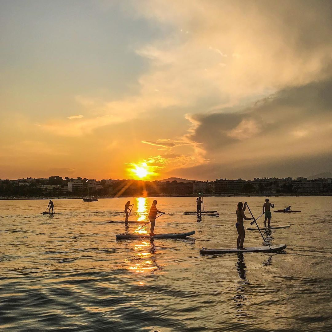Sunset Paddle Crew Paddle Boarding Pictures Paddle Boarding Paddle