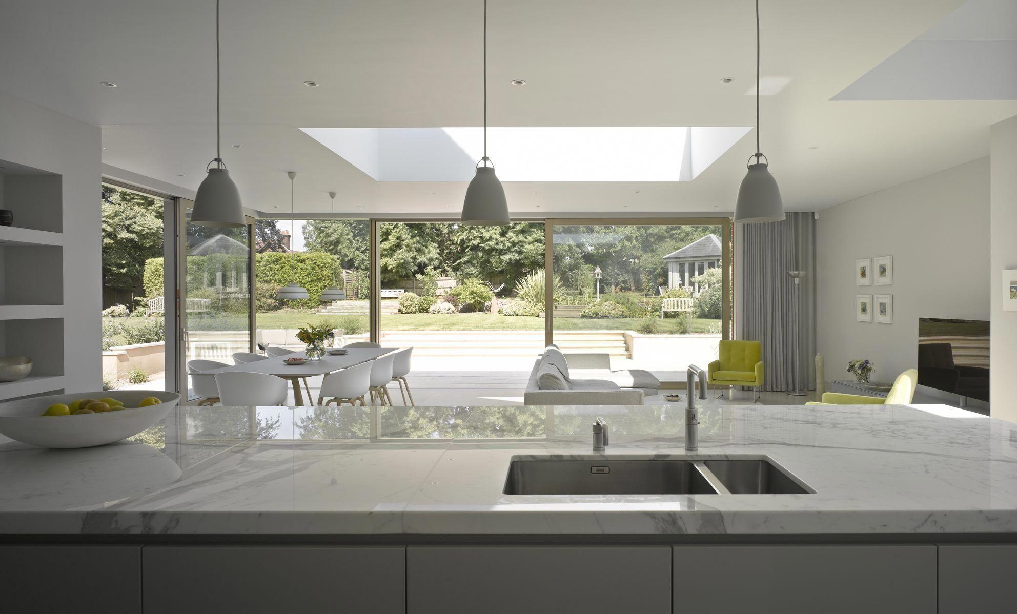 Roundhouse Urbo White Matt Lacquer Bespoke Kitchen Luxurykitchen