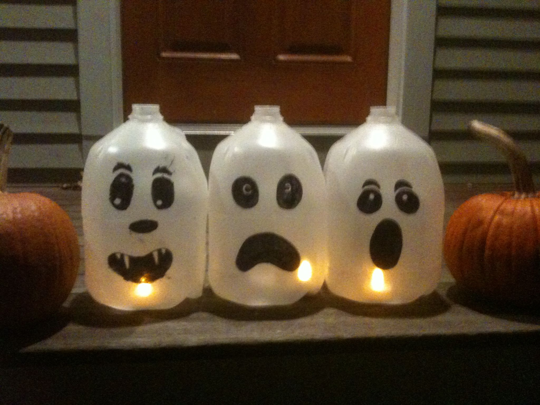 Milk Jugs - spooky recycling project | Halloween milk jugs ...