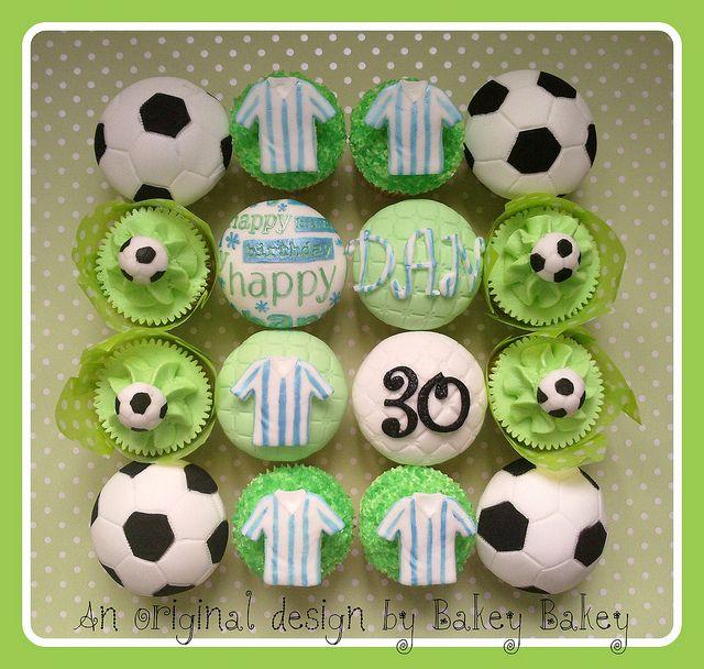 Birthday Cupcakes For A Football Fan Soccer Birthday Cakes Soccer Cupcakes Birthday Cupcakes