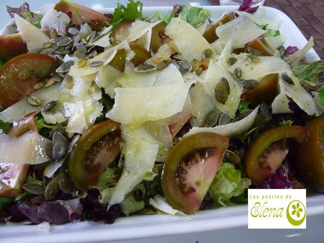 Photo of Los Postres de Elena: Ensalada de frutas secas y virutas de queso