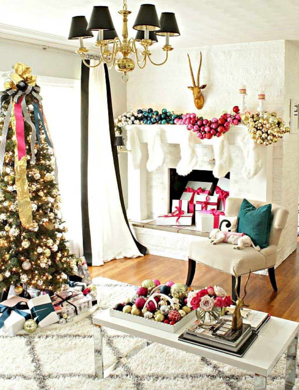 50 Awesome Christmas Apartment Decor Ideas   Merry and Crafts