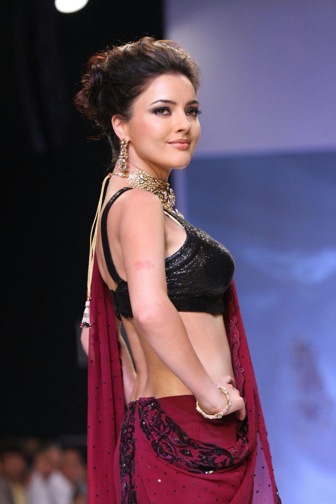 picture Kristina Akheeva