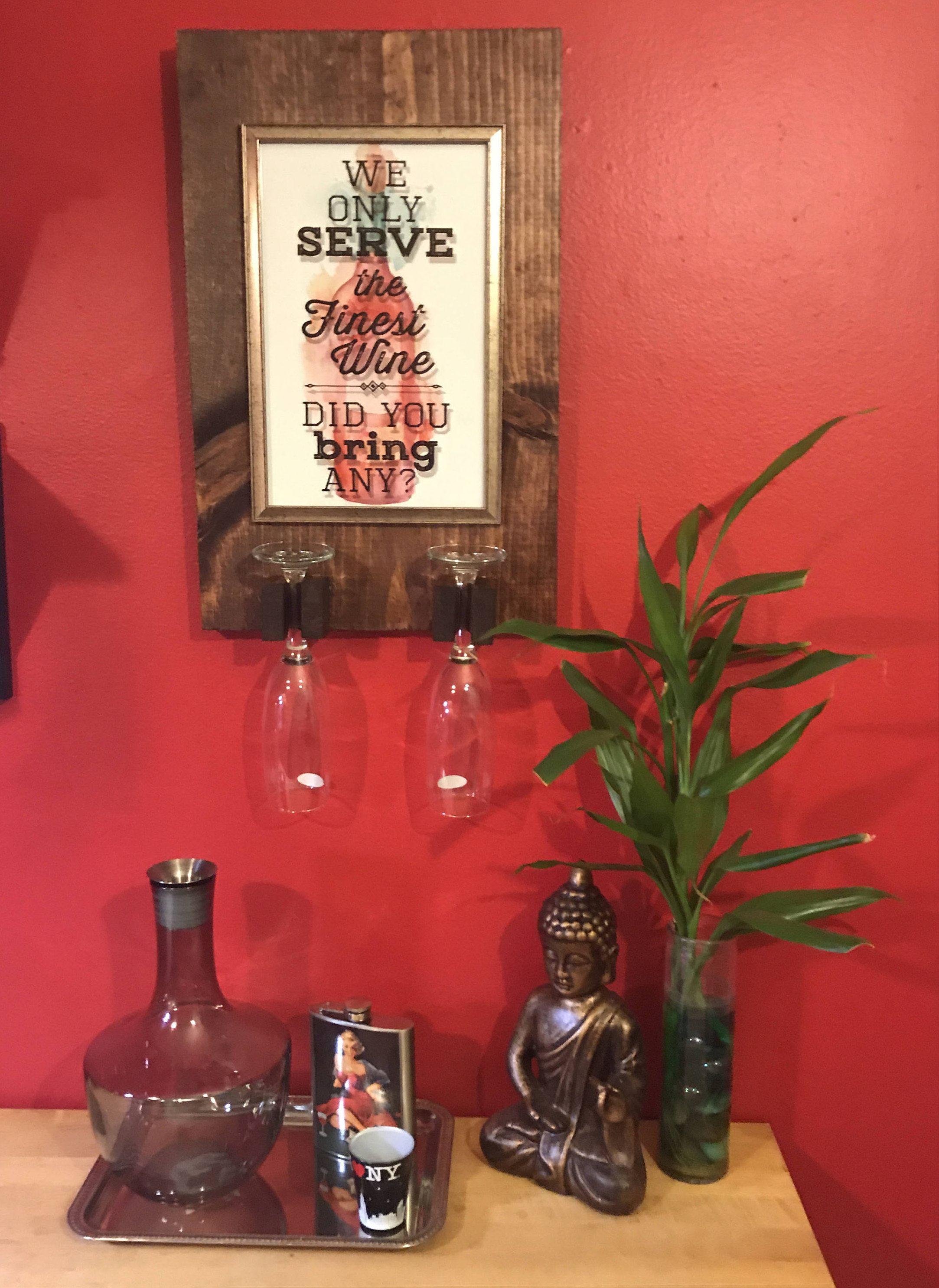 Suspensión del vidrio de vino rústico de LidoBlvd en Etsy https://www.etsy.com/es/listing/537611287/suspension-del-vidrio-de-vino-rustico