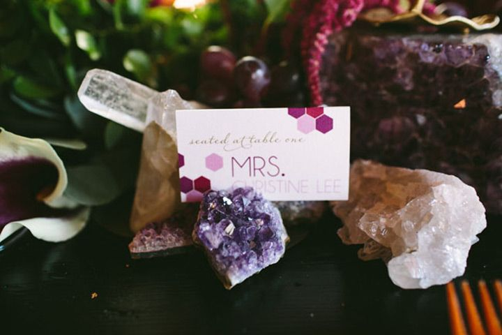 Tendência boho - ágata, ametistas, cristais na decoração de casamento