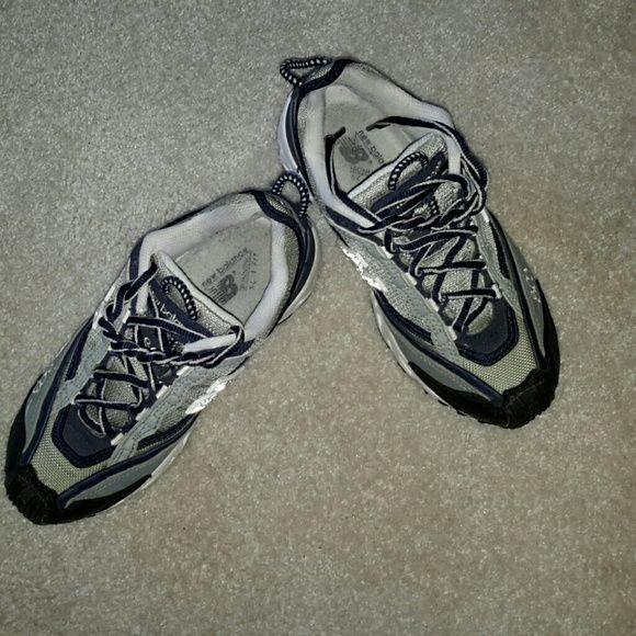 chaussures de séparation 2549d feebc New Balance women's 803 All Terrain Shoe Grey with black ...