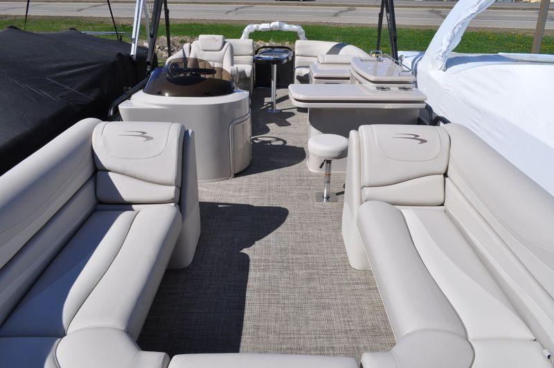 2015 Bennington 2550 GSR Midship Bar Stock BOWC5869
