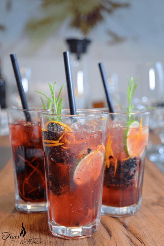 brombeer limetten gin tonic rezepte in 2018 pinterest gin getr nke und alkoholische getr nke. Black Bedroom Furniture Sets. Home Design Ideas