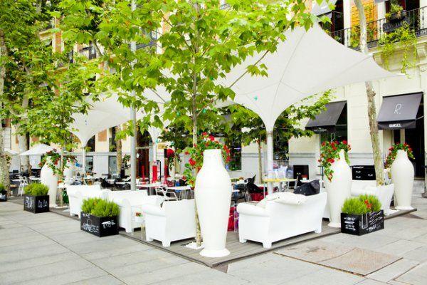 Best Terrace Bars In Madrid The Ramses Terrace Terrazas Disenos De Unas Hotel De Lujo